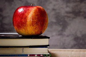 books-and-apple