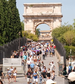 Crowds in Rome