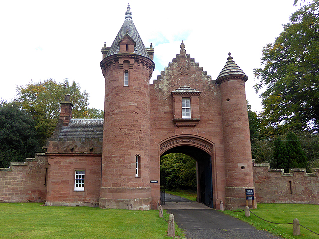 gatehouse castle