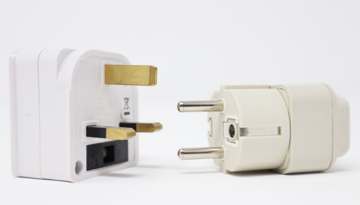 International adapter