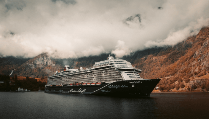mainstream cruises