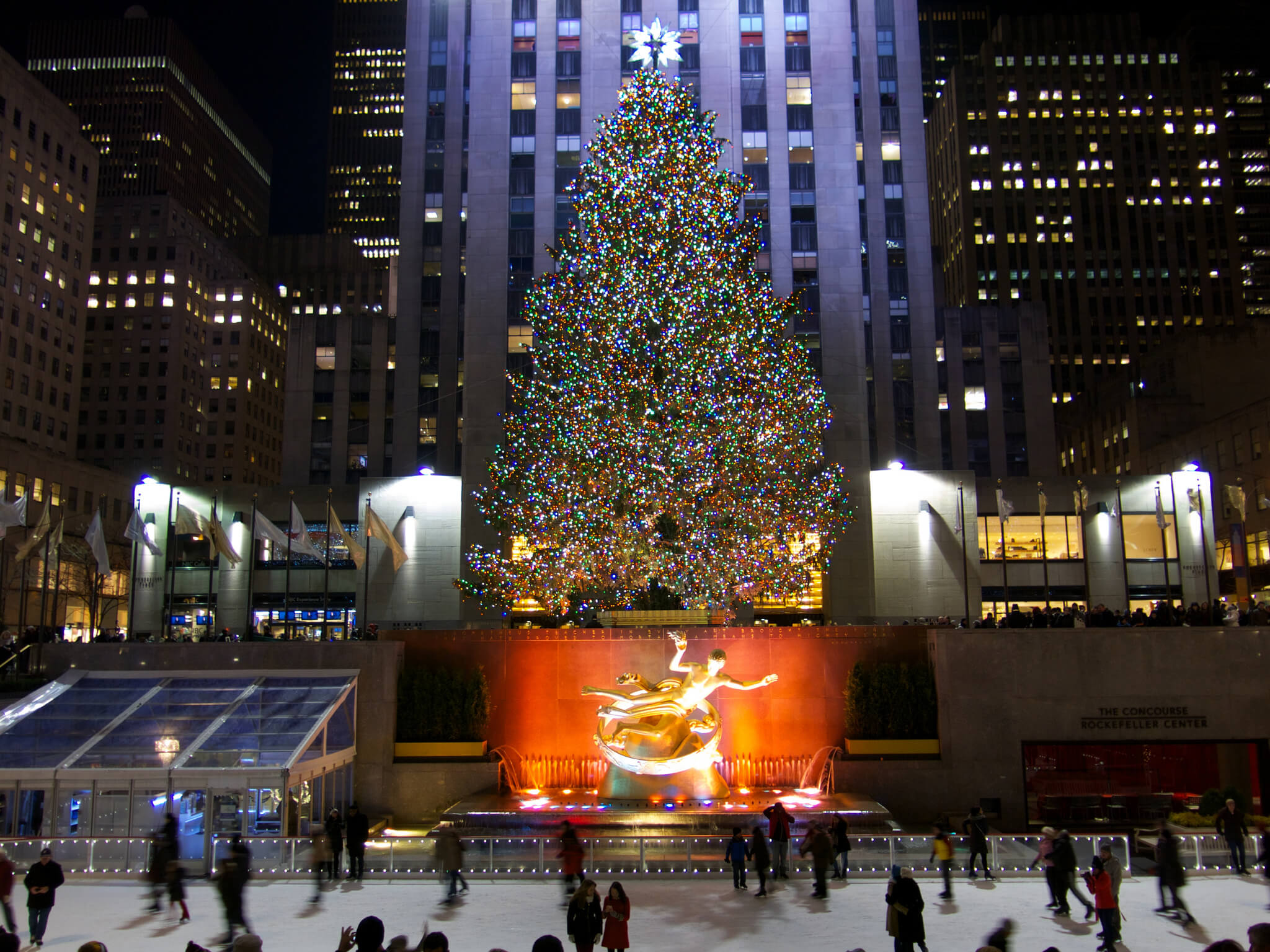 6 fabulously festive cities for a christmas family trip for Christmas trips to new york